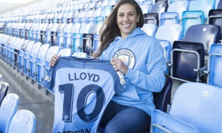 CARLI'S NEW CHALLENGE: Lloyd signs with Manchester City for spring season