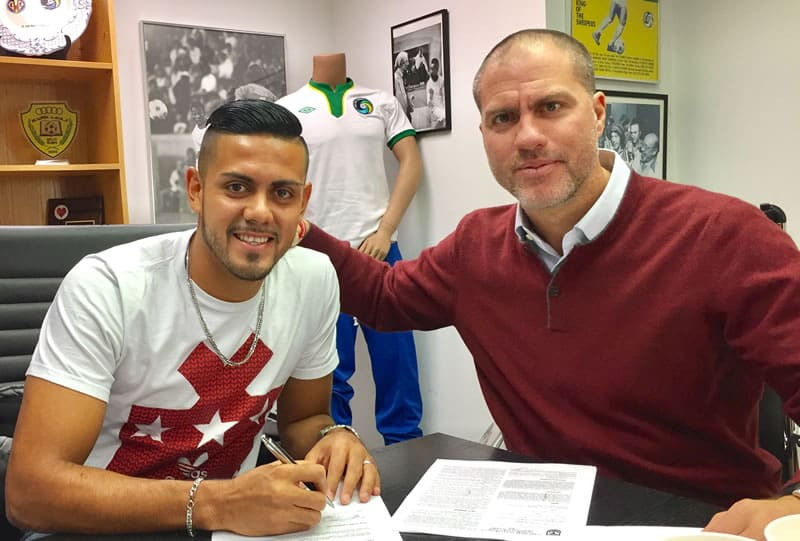 SOME FORWARD THINKING:  Cosmos sign El Salvadoran striker Herrera