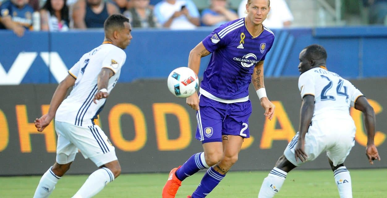 SHEA HEY: Whitecaps obtain Brek Shea for Giles Barnes