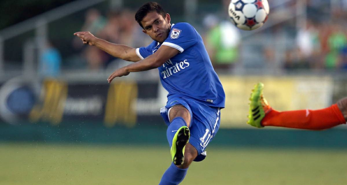 DOWN FOUR: Cosmos' Flores, Menjivar, Herrera and Jakovic called in for international friendly