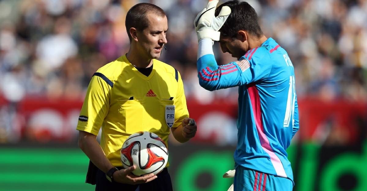 TURNING PRO: MLS ref Geiger retires, named director of senior match officials