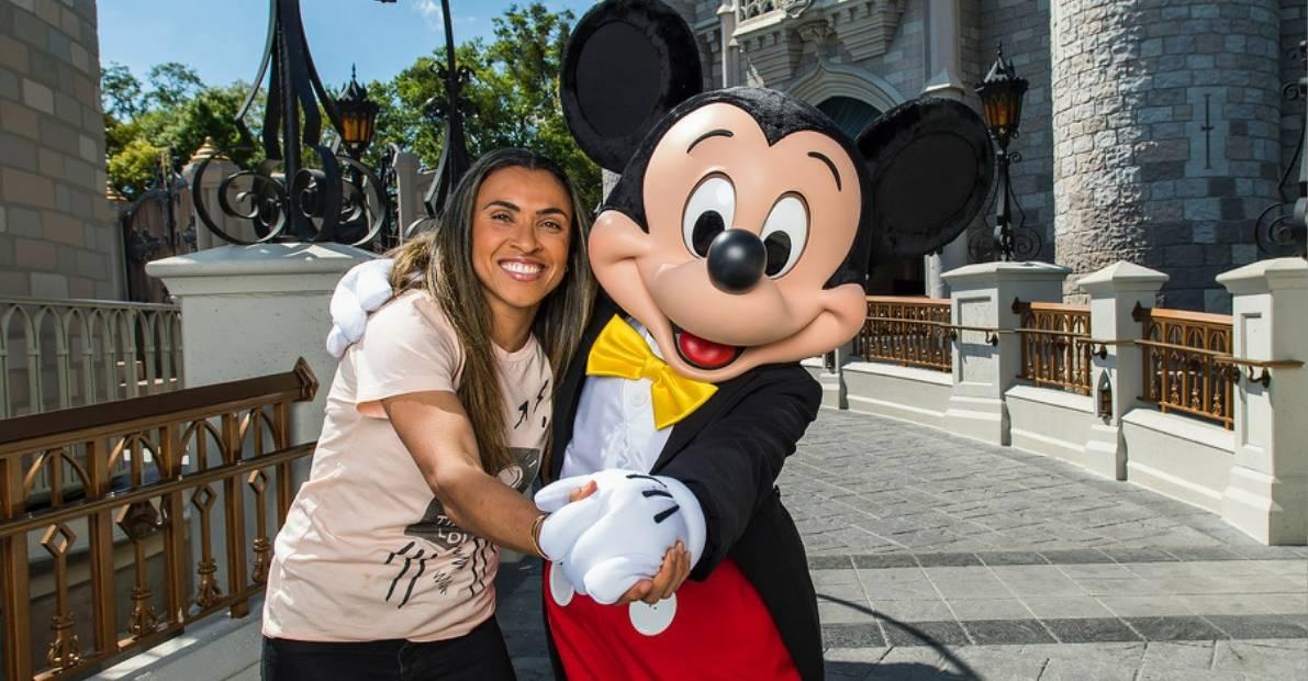 A DAY OFF: Marta goes to Disney World