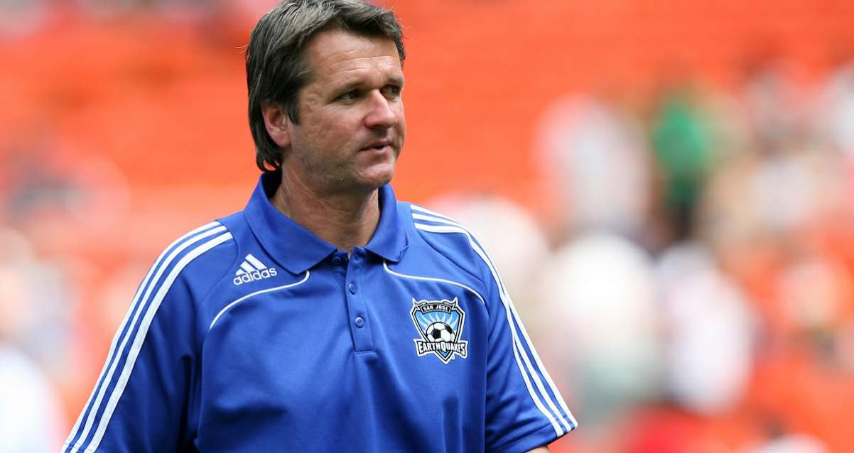 A FRANK DEPARTURE: Yallop resigns as Phoenix Rising coach