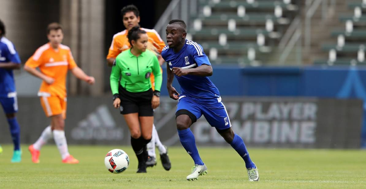 GETTING HIS FEET WET: Kwame Awuah makes his pro debut in stoppage time
