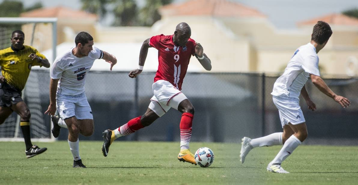 TYING ONE ON: Guirassy's brace lifts NJIT as he ties school goal record