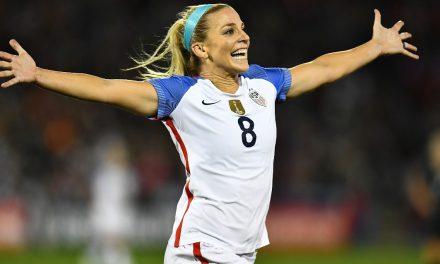 BRACE FOR IT: Ertz's 2 goals lift U.S. women over New Zealand