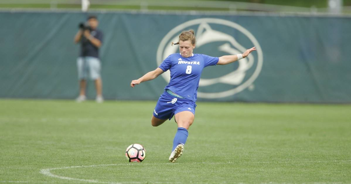 DESMOND'S DOUBLE: Senior's 2 goals lift Hofstra women