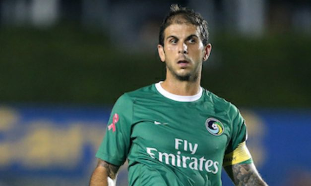 A HOLLYWOOD ENDING?: Cosmos have some added motivation to win NASL title – giving retiring Mendes a championship send-off