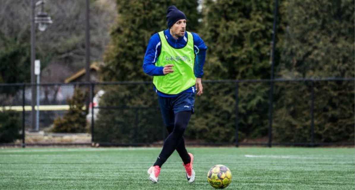 FOR THE DEFENSE: Cosmos sign former Italian youth international Sembroni