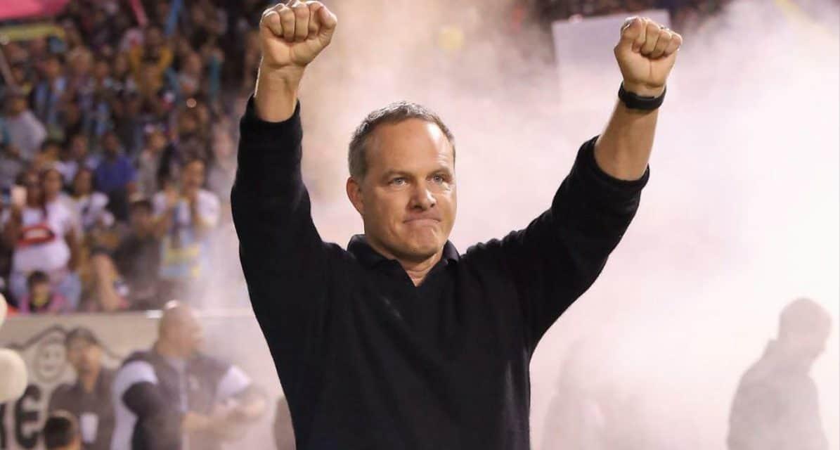 STILL IN CHARGE: Wynalda to return as Las Vegas coach