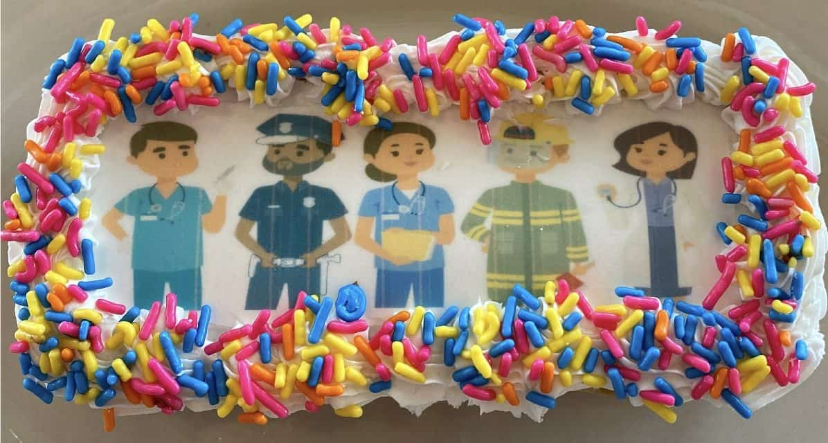 A DELITE-FUL IDEA: Donuts Delite to give away thankUdonuts to doctors, nurses, first responders