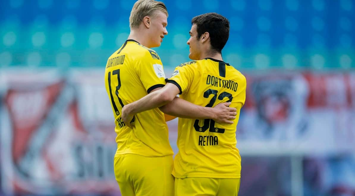 THIS TIME, IT'S A BRACE: Reyna stars for Dortmund in preseason rout - Front  Row Soccer