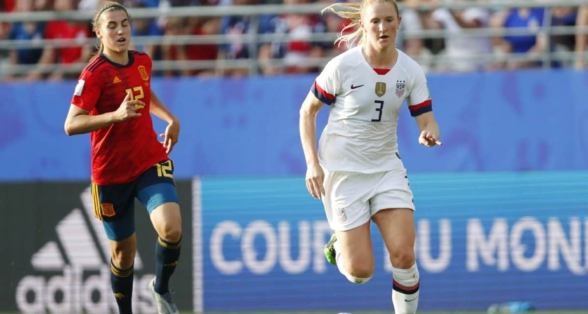 SISTER ACT: Sam Mewis' hat-trick, Kristie Mewis' single powers USWNT to 4-0 win over Colombia
