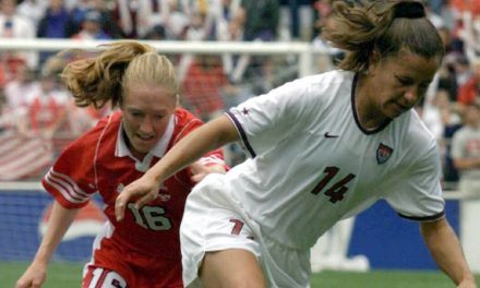 WOMEN'S SOCCER HISTORY MONTH (Day 11): Fawcett plays with pain in her final year (2004)