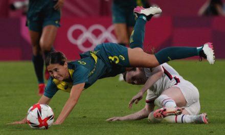 YAWN: USWNT reaches quarterfinals after battling Australia to uninspired scoreless draw