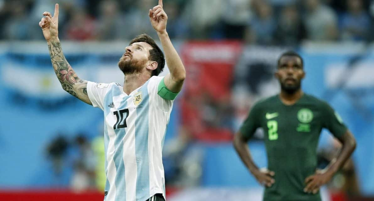 FIVE-YEAR DEAL: Reports: Messi to return to Barcelona