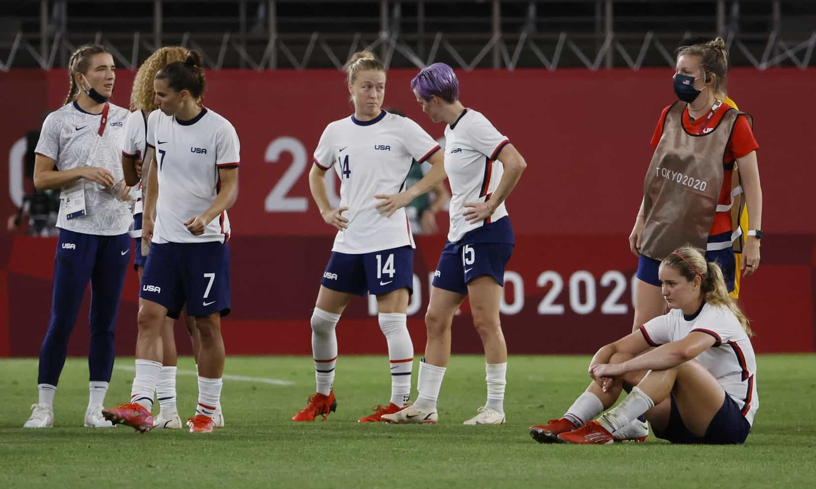 OFFSIDE REMARKS: There's plenty of blame to go around for the USWNT - frontrowsoccer.com